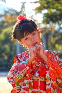 着物姿の女の子の写真・画像素材[2397561]