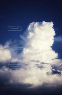青空の雲の写真・画像素材[2443575]
