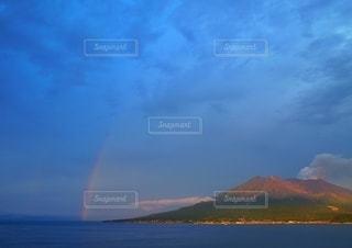 桜島と虹の写真・画像素材[2632041]