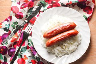 食べ物,ランチ,白,フォーク,ナイフ,皿,カトラリー,昼食,卵,ご飯,料理,おいしい,ソーセージ,お皿,ライス,PR,ジョンソンヴィル