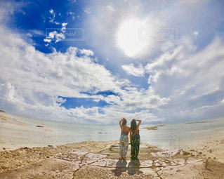 ビーチと太陽の写真・画像素材[2904354]