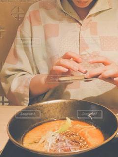 早く食べたい…!の写真・画像素材[2326499]