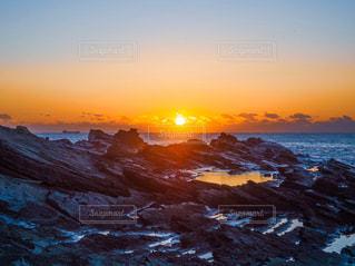 自然,風景,海,空,太陽,オレンジ,光,日の出