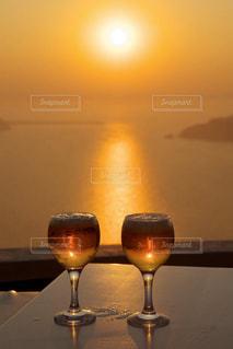 恋人,海,空,太陽,光,食器,ワイン,ビール,ドリンク,サントリーニ