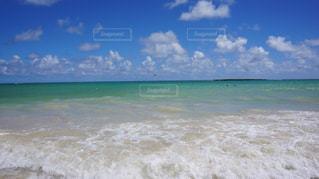 海の隣の水域の写真・画像素材[2330448]