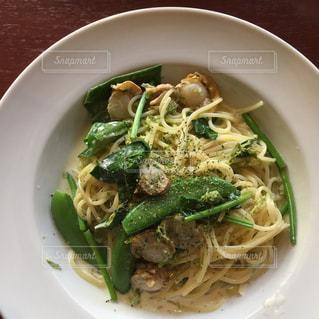 ランチ,パスタ,麺,美味しい,イタリアン,ホタテ,緑色,さやいんげん