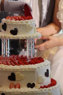 ウェディングケーキ入刀の写真・画像素材[788150]