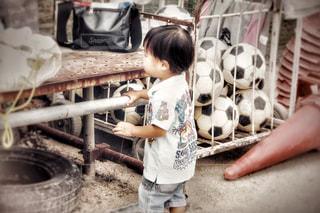 お兄ちゃんのサッカーの写真・画像素材[2415414]