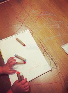 ペン,紙,おえかき,おうち時間