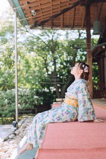 縁側美人の写真・画像素材[3595378]