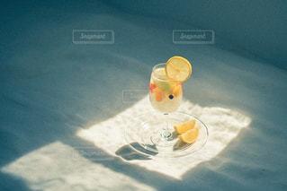 黄色いぬいぐるみの写真・画像素材[3147823]