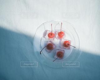 コップ一杯の水の写真・画像素材[3164245]