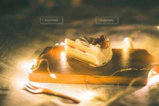 食べ物をテーブルの上に閉じるの写真・画像素材[3195817]