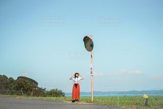 凧を飛ばす人の写真・画像素材[3240677]