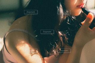 歯を磨く女性の写真・画像素材[3311464]