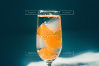 ワインを一杯飲むの写真・画像素材[3488752]