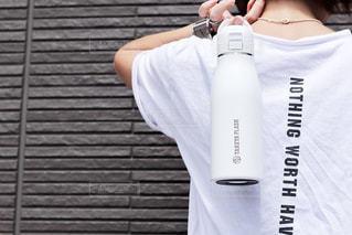 夏,プレゼント,人物,人,旅行,モノトーン,ボトル,bottle,マイボトル,トラベル,Travel,お出かけ,水分補給,アンバサダー,水筒,ステンレスボトル,タケヤ,タケヤフラスク,タケヤフラスクトラベラー