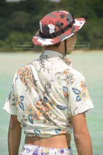 帽子をかぶった男の子の写真・画像素材[2359637]