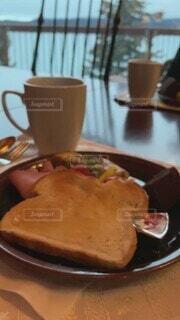 食べ物,カフェ,食事,海外,窓,フード,トースト,旅行,モーニング,窓際,飲食