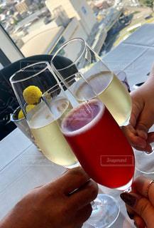 家族,グラス,お祝い,乾杯,ドリンク,成人祝い