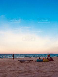 ビーチでゆっくりの写真・画像素材[2363253]
