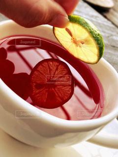 紅茶とライムの写真・画像素材[2662103]