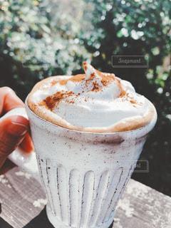 お気に入りマグカップで紅茶の写真・画像素材[2689723]