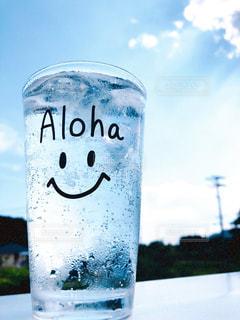 水のボトル1本の写真・画像素材[3553227]