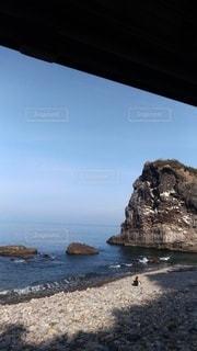 列車から見た海岸線の写真・画像素材[2368710]