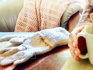 手袋とココアの写真・画像素材[2722562]