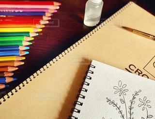 鉛筆と紙の写真・画像素材[3317513]