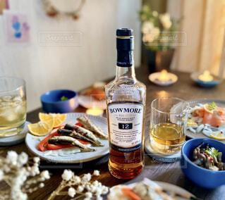 ワイン,記念日,ローストビーフ,サントリー,ボウモア,ウィスキー,フルーティ,スモーキー,ハーフロック,アイラの女王,ピーティ,プレミアムウィスキー