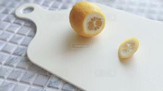レモンの断面の写真・画像素材[3147976]