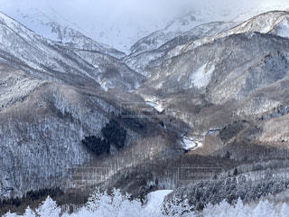 自然,風景,アウトドア,冬,スポーツ,雪,屋外,晴れ,雪山,雪景色,山,氷,人物,スキー,ゲレンデ,レジャー,スキー場,スノーボード,樹氷,日中,山景色