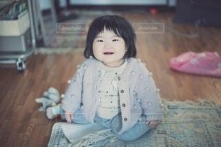 モコモコの赤ちゃん。の写真・画像素材[4131663]