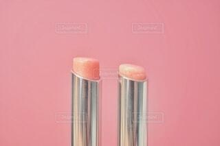 ピンクのメイクアイテムの写真・画像素材[4347496]