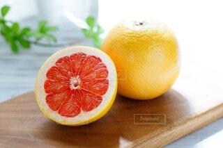 ルビーグレープフルーツの写真・画像素材[3845061]