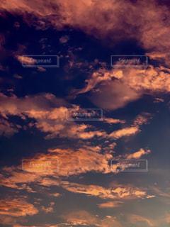 空の雲の写真・画像素材[2421714]