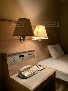 旅先のビジネスホテルにて。の写真・画像素材[2828830]