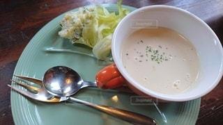 サラダとスープの写真・画像素材[2482331]