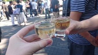 秋,日本酒,屋外,晴天,ガラス,イベント,食器,グラス,おいしい,乾杯,ドリンク,酒,昼間