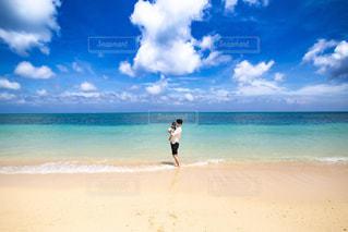青の水平線の写真・画像素材[2418284]