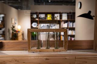 木製のテーブルの写真・画像素材[2892178]