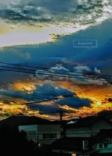 新しい朝の写真・画像素材[2433351]