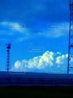 沸き上がる雲の写真・画像素材[2435964]