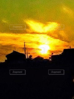 空,夜,鳥,太陽,雲,夕暮れ,幻想的,光,日の出,翼,たそがれ,鳳凰,黄金,パワー,新しい,まぶしい,テキスト,火の鳥,光雲