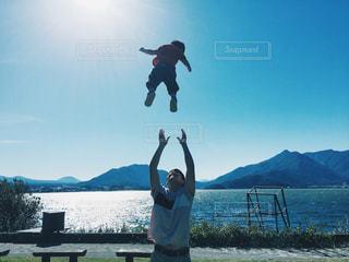 秋,親子,青空,ジャンプ,子供,秋空,お父さん,高い高い