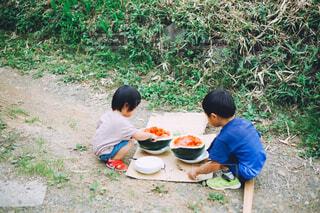 スイカを食べるの写真・画像素材[4449889]