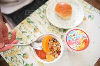 食べ物,朝食,フルーツ,果物,朝ごはん,楽しい時間,フルーツカップ