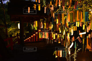 夜の七夕祭りの写真・画像素材[2501481]
